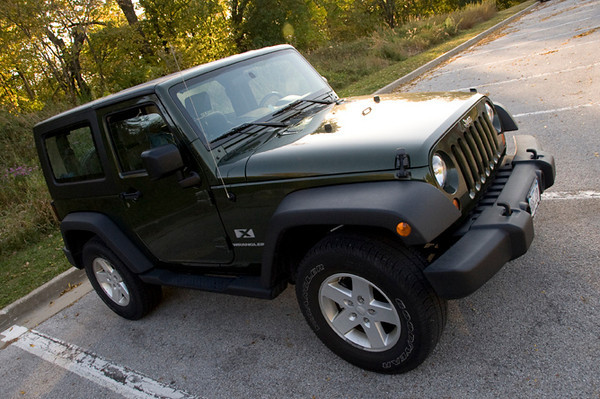 clip-015-automobile_jeep-wdsm-04oct11-0947